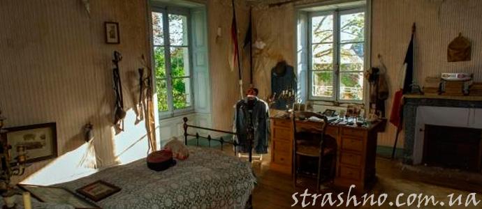 комната в старом доме