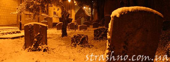 Курьез на кладбище