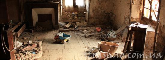 Подзатыльник в старом доме