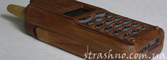 Страшный деревянный телефон