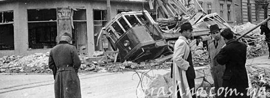 Разрушенный бомбардировкой Берлин