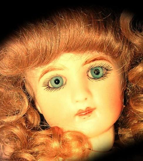 мистическая кукла бебе
