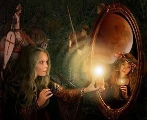 отражение в зеркале зазеркалье