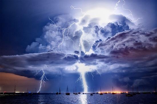 красивая молния