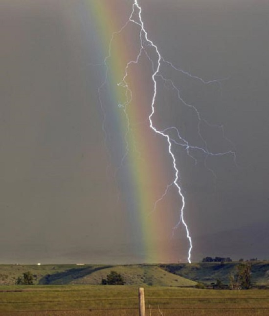 молния и радуга