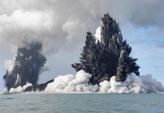 Подводный вулкан Тонга