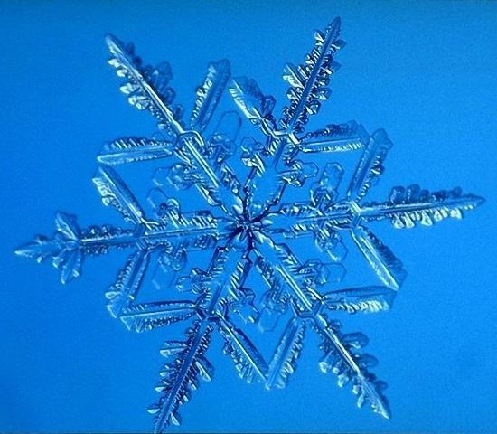 интересная снежинка