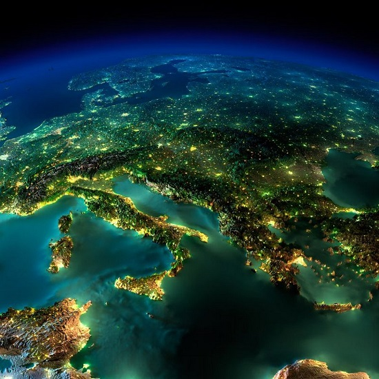 Италия и Греция из космоса