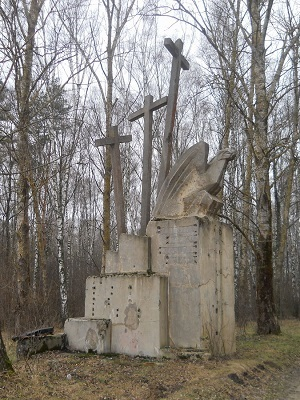 """Памятник """"Три креста"""" в Беларуси"""
