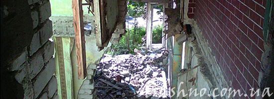 25 фотографий заброшенных заводов и зданий
