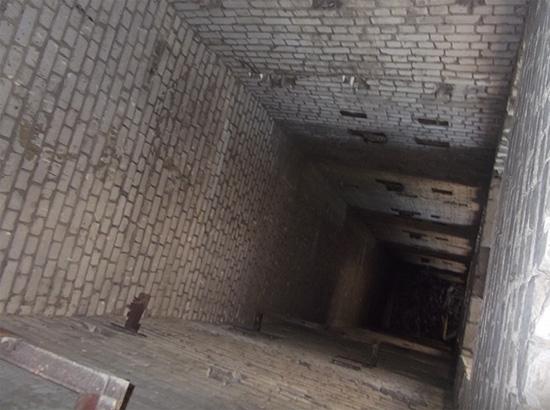 Лифтовая шахта в недостроенном доме