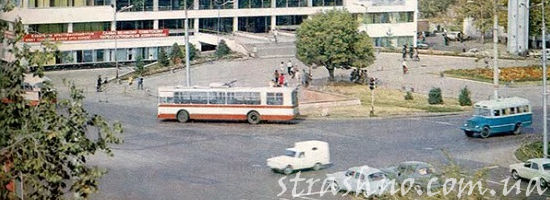 город 80-х годов
