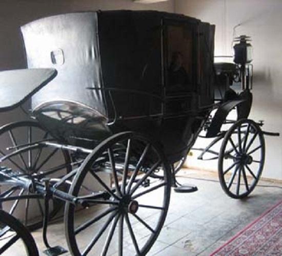 фото призрака в карете