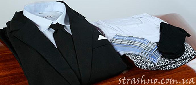 мистика с одеждой для покойника