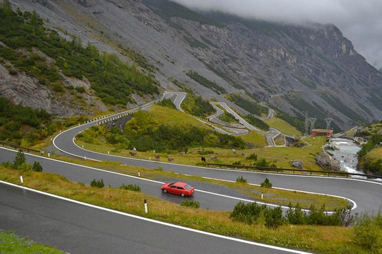 опасная дорога в Италии