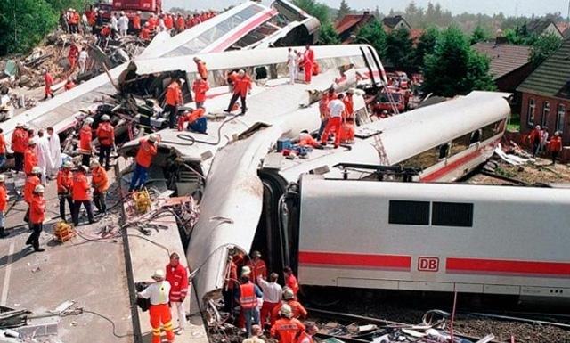 крушение поезда в Нижней Саксонии