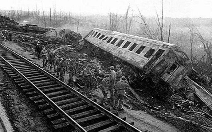 спасательные работы на месте крушения поездов на перегоне Аша