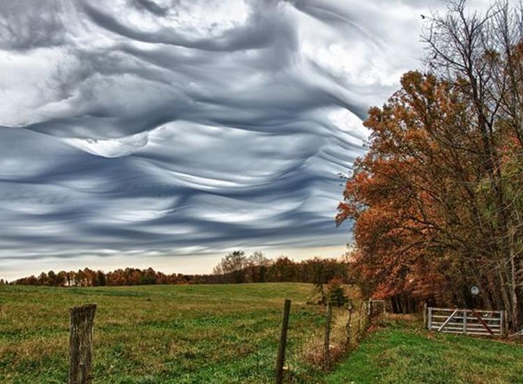 стальные облака