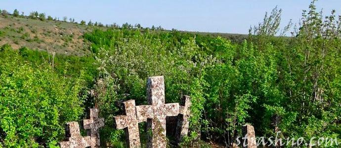мистика заброшенных могил